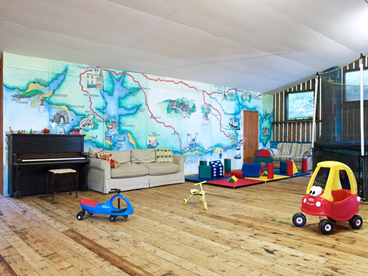 FF-Pool-Barn-PlayB-to-soft-play
